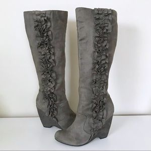 Women's Gray Ruffle Wedge Boots
